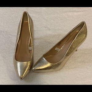 Women's gold metallic high heel pumps shoes SZ 7
